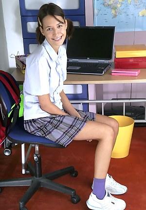 Best Teen Schoolgirl Porn Pictures